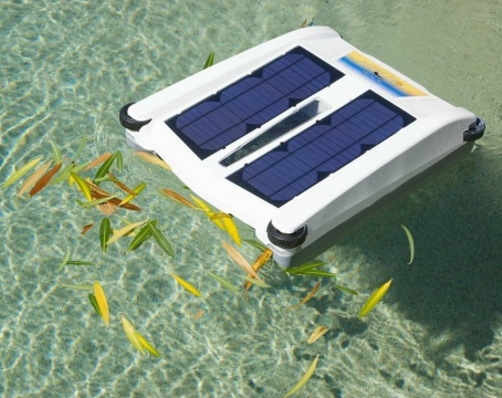 Robotic Pool Cleaners that Handle In Ground Pools Picture